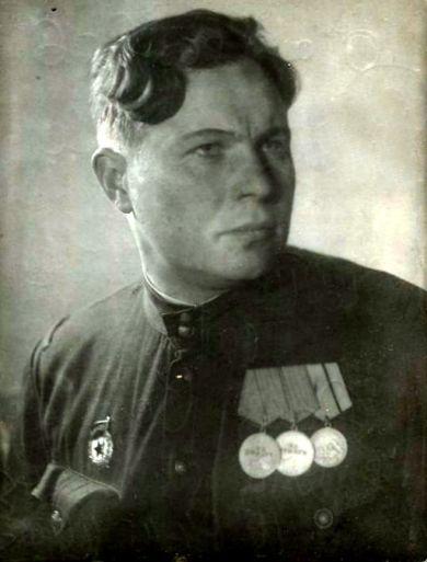 Сафонов Юрий
