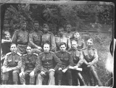 П.А. Заручевский с сослуживцами