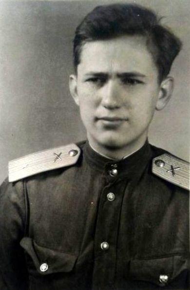 Шестаков Леонид