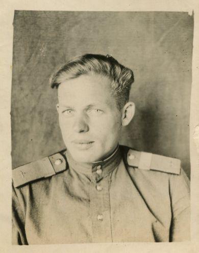 Сослуживец Беспалова Е. М.
