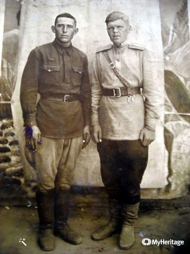 Чуркин И. П. (слева) и Бояркин Н.С. (справа)