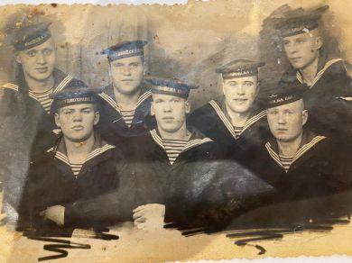 Моряки учебного отряда морских частей погранвойск