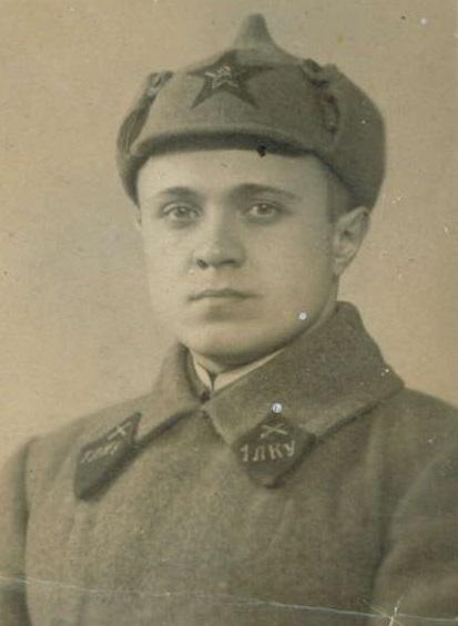 П.Леонидов (?)