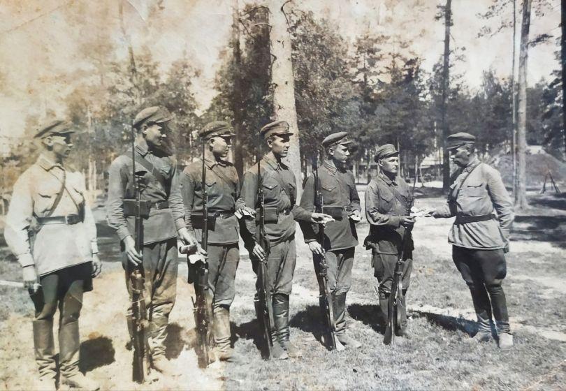 Орлов Алексей (крайний справа)